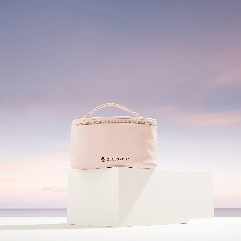 Glossybox Summerbag im Wert von 126€