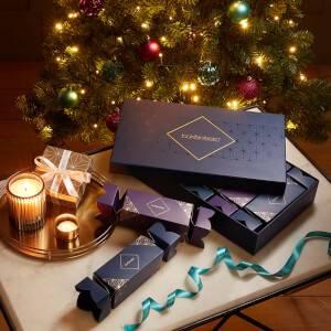 LOOKFANTASTIC Christmas Crackers (värd över 745 kr)