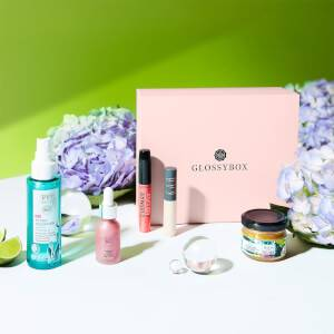 GLOSSYBOX APRIL 2021 Woke up in Spring EDITION