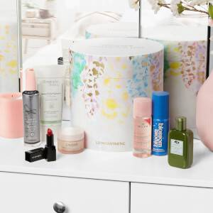 LOOKFANTASTIC Mother's Day Collection 2021 (Наполнение на более 17,640Р)