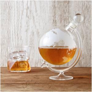 Glasdekanter für Whisky in Globusform