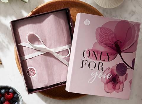 mothers day box glossybox landing page