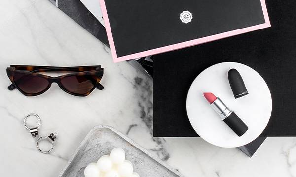 GLOSSYBOX Limited Edition Summer Bag