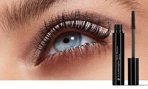 Wir präsentieren: Infinite Mascara - Die cremige, wimpernverschönernde Formel liefert eine intensive Farbe für ein dramatisch schwarzes Finish.