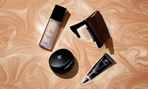 Achieve illuminating, glass-like skin with our iconic Beyond Range - for a healthy, flawless skin finish.