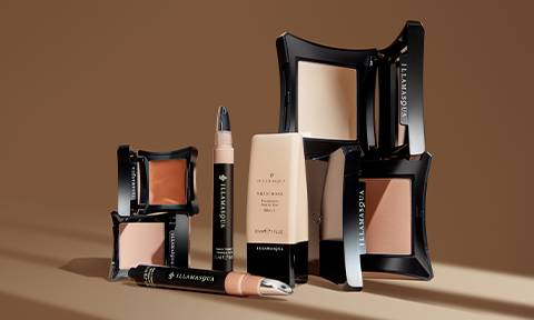 PAIR WITH THE SKIN BASE FAMILY FOR THE ULTIMATE FLAWLESS FINISH