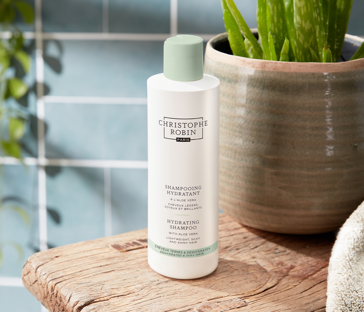 Hydrating Shampoo with Aloe Vera