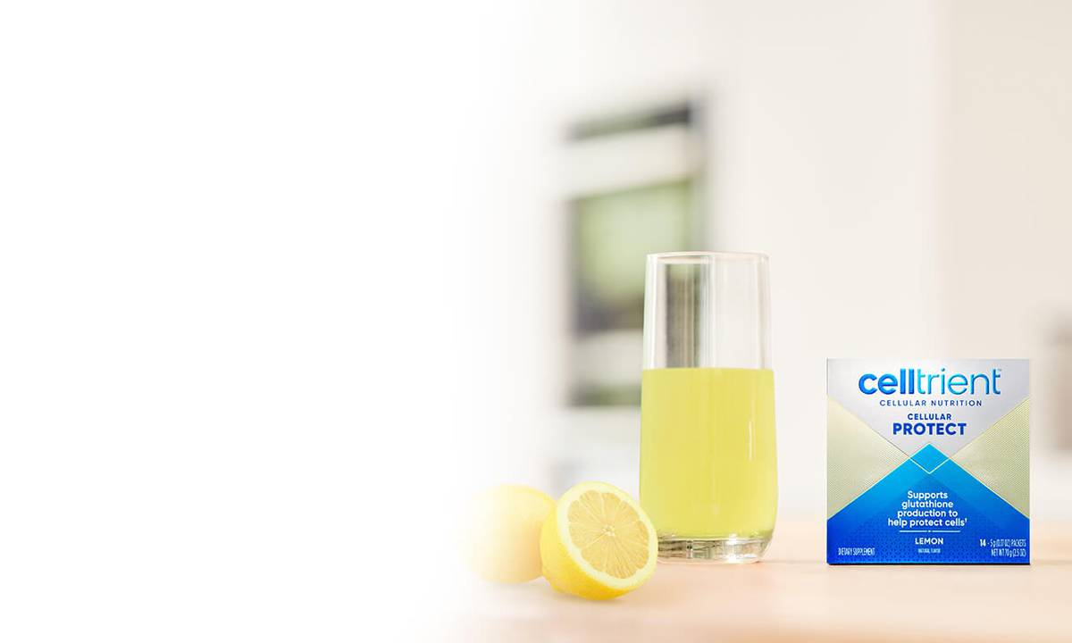 Image of Cellular Protect Lemon sachets in a drink