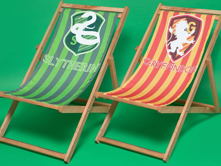 DECORSOME DECK CHAIRS PRE-AWARENESS