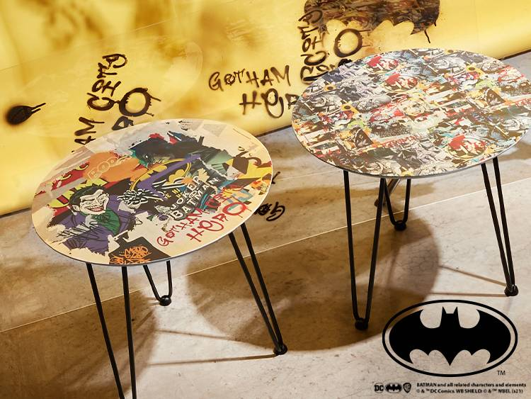 BATMAN MASH UP TABLE BANNERS