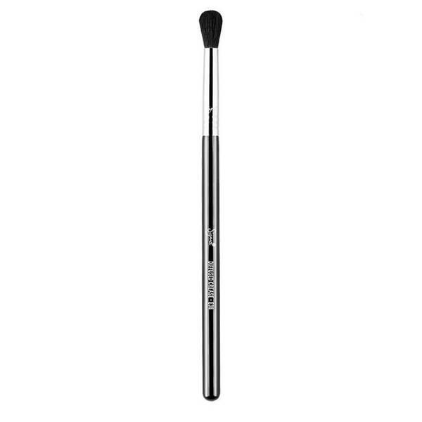 Sigma E38 Diffused Crease™ Brush