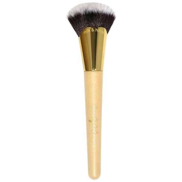Beauty Bakerie Milk and Honey Brush
