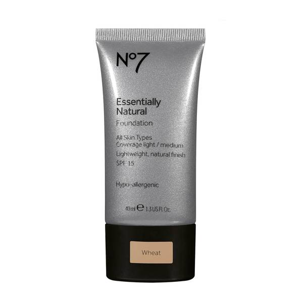 Essentially Natural Foundation 40ml