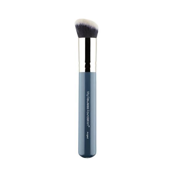 MYKITCO. 0.7 My Flawless Foundation Angled Brush