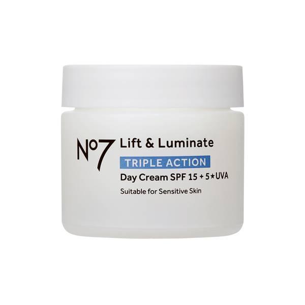 Lift & Luminate TRIPLE ACTION Day Cream 50ml