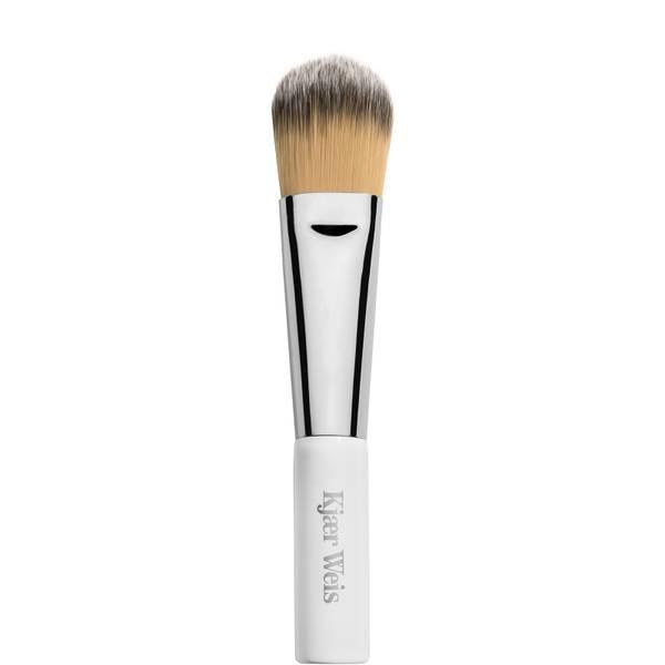 Kjaer Weis Blush-Foundation Brush (1 piece)