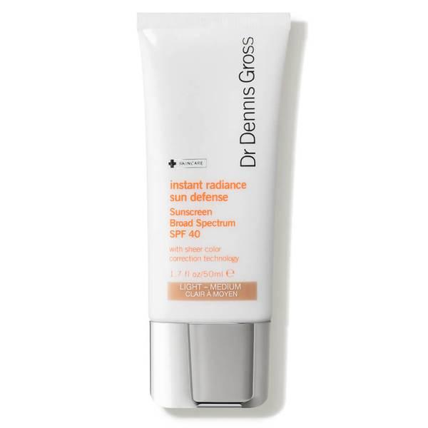 Dr. Dennis Gross Skincare Instant Radiance Sun Defense Sunscreen Broad Spectrum SPF 40 (1.7 oz.)