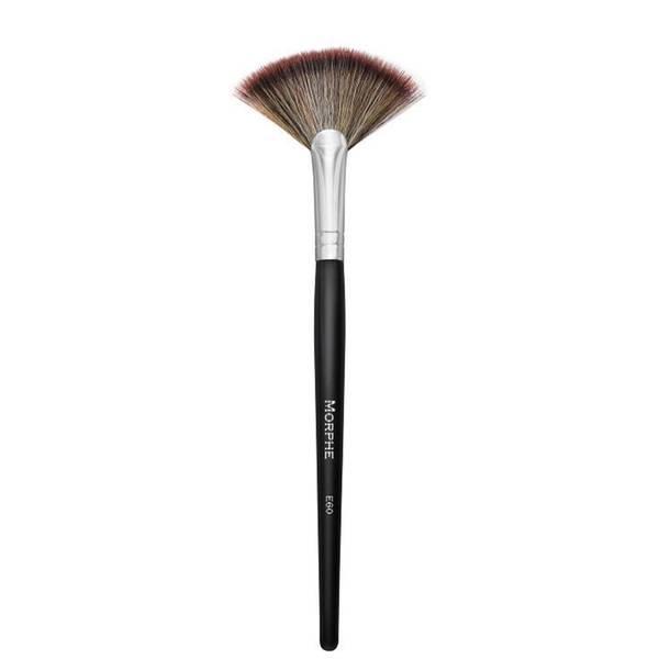 Morphe Elite Deluxe Highlight Fan Brush (E60)