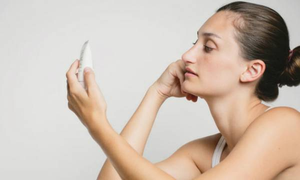 How Does Pore Size Change with Age?