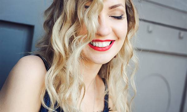 How to Go Blonde: 5 Things to Know Before Dyeing Your Hair Blonde