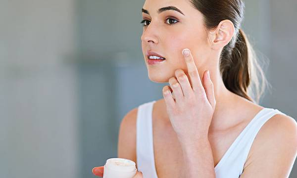 Dry Skin: What Causes It and the Best Products to Combat It