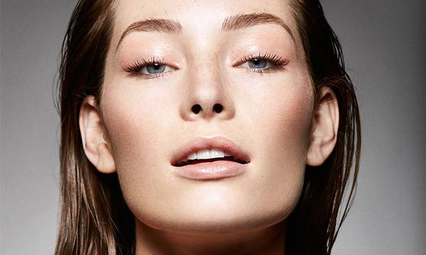 The Faux Glow: 5 Subtle Ways to Make Your Skin Glow, According to Pros