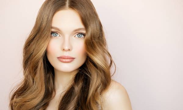 6 Hairstylist Tips for Strong, Healthy Hair