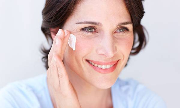 What Does Collagen Do? (Plus, 7 Collagen-Boosting Products Your Skin Will Love)