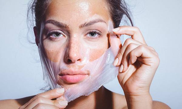 How to Choose the Right Peel-Off Facial Mask for Your Skin Type