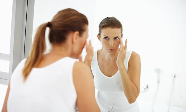 Why Do I Get Dry Skin Around My Eyes? 5 Causes & Treatment Options
