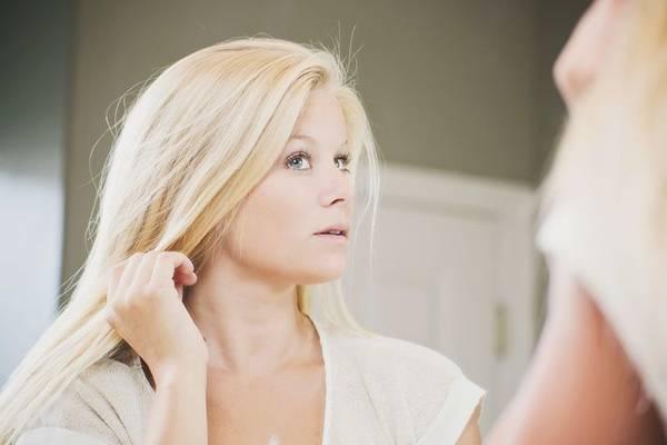 How to Regrow Eyelashes