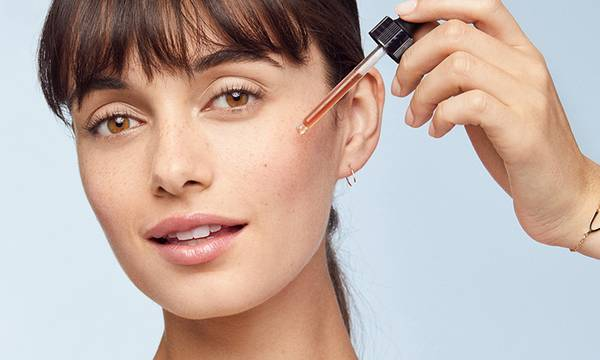 How to Layer Serums and Oils the Right Way
