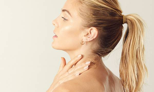 The Surprising Ways Your Thyroid Affects Your Skin and Hair