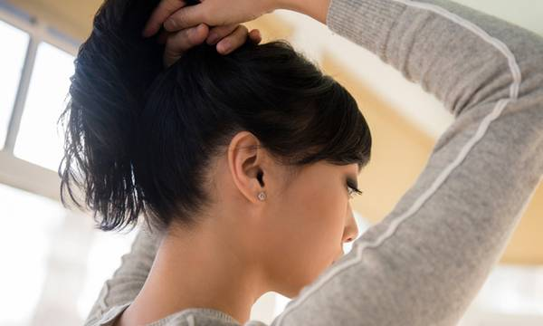 What Does a Healthy Scalp Look Like? (Plus, 8 Scalp Treatments to Try)