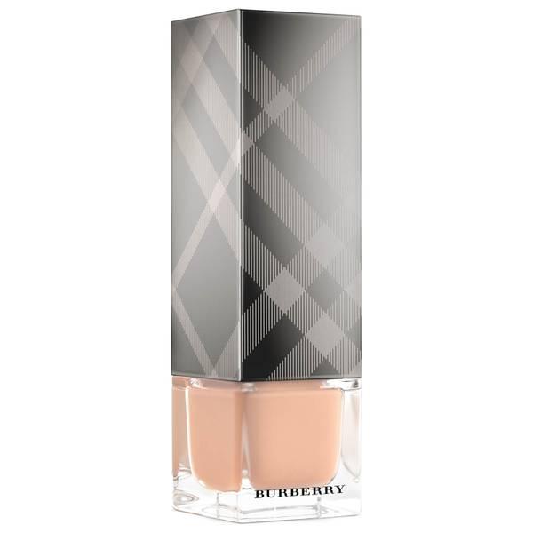 Burberry Fresh Glow Foundation 30ml (Various Shades)