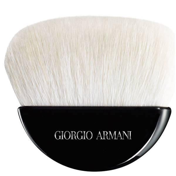 Brocha de polvos para esculpir de Giorgio Armani