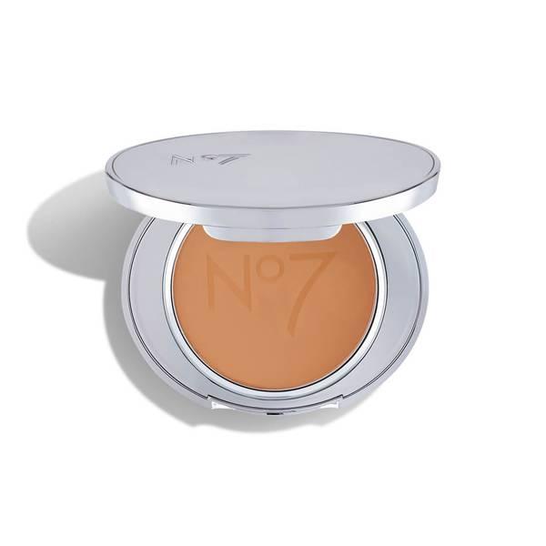 No7 Lift & Luminate Powder 10g - Medium