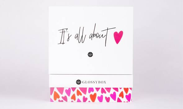 GLOSSYBOX It's all about love Edition