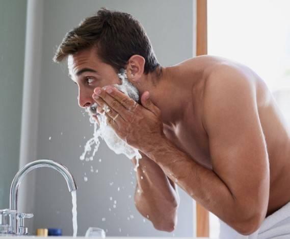 Vermeidung und Behandlung von Rasurbrand und Hautreizungen