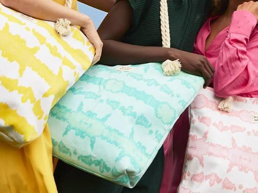 Le sac de plage NUXE x Hipanema offert dès 50€* et disponible dans 3 coloris au choix.