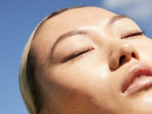 Routine visage +30 ans. Du nettoyant à la crème de nuit, découvrez les produits correspondants à votre besoin.