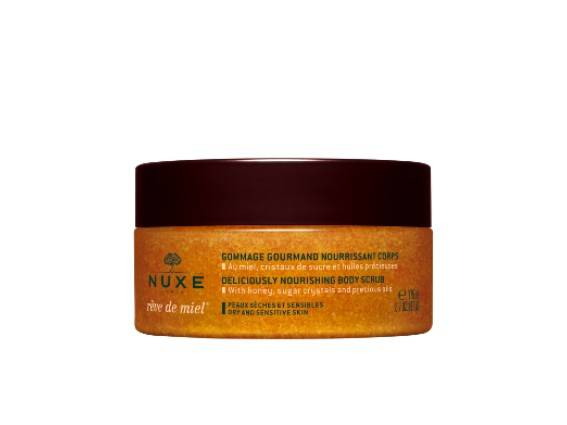 Hygiene & Scrubs. Creamy fondant exfoliating scrub with 100% natural origin exfoliants to clear the skin of roughness, impurities and dead cells.