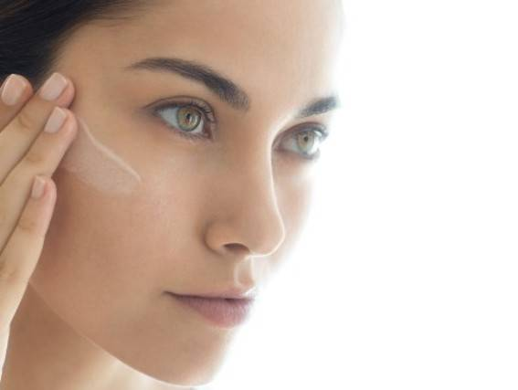 BUILD YOUR OWN SKINCARE ROUTINE. Find out which products are right for you based on your skin type.