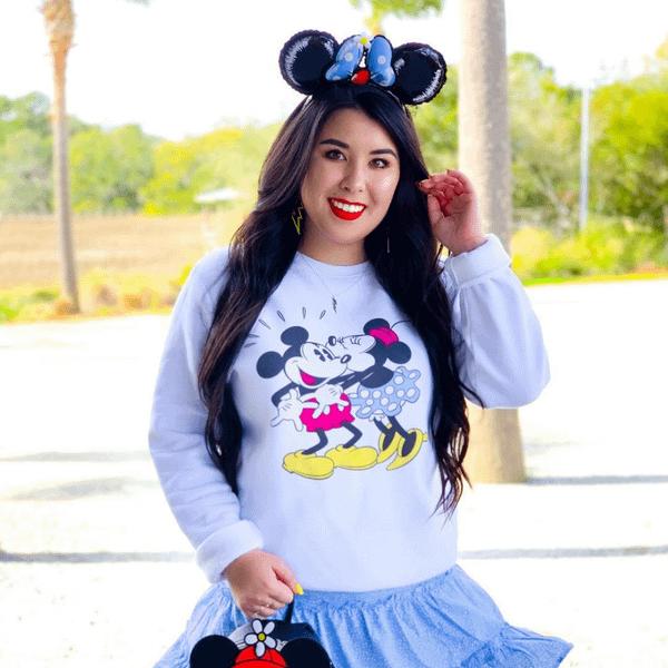 Disney Mickey & Minnie Kiss Sweatshirt