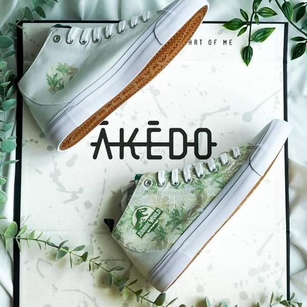 Entrez dans le monde d'Akedo sur VeryNeko. Montrez le geek qui est en vous avec la gamme de dresseurs de franchise sous licence officielle...
