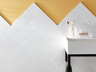 How to lay a herringbone tile pattern