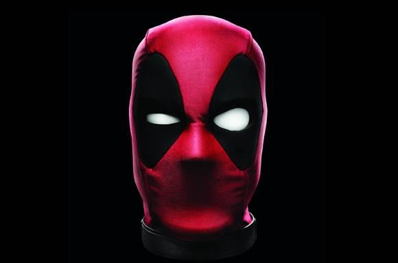 Cabeza Interactiva de Deadpool Hasbro Marvel Legends