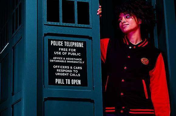 Chaqueta Universitaria Doctor Who Gallifreyan