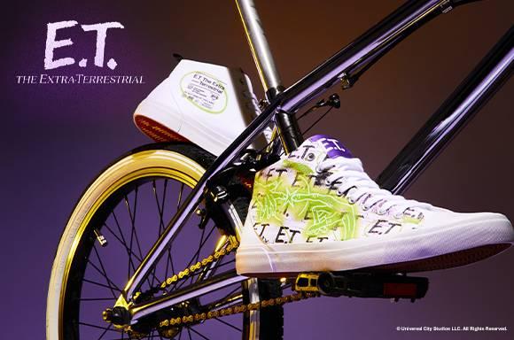 Zapatillas Adulto de Firma Akedo x E.T. Glow White