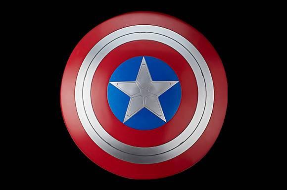 Hasbro Marvel Legends le Faucon et le Soldat de l'Hiver Captain America Role Play Bouclier